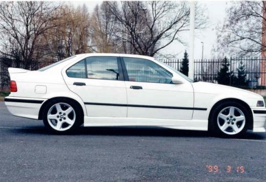 BMW E36 küszöbspoiler