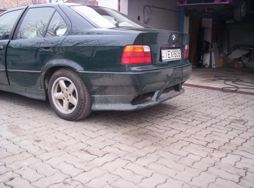 BMW E36 hátsó lökhárító