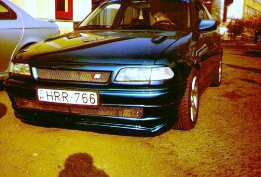 Opel astra f jel nélküli rács