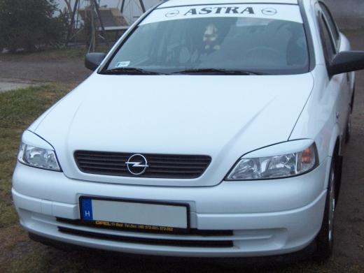 Opel astra G szemöldök