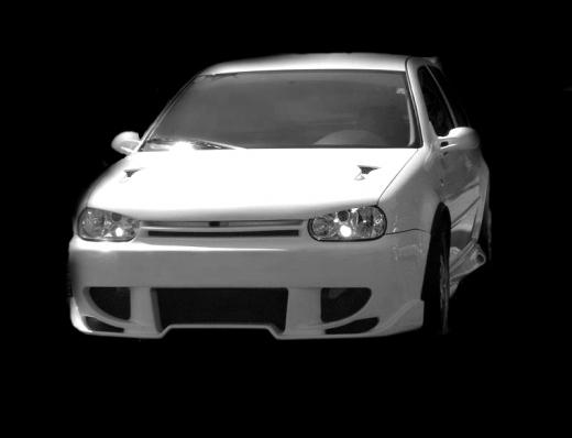VW Golf IV elsõ lökhárító