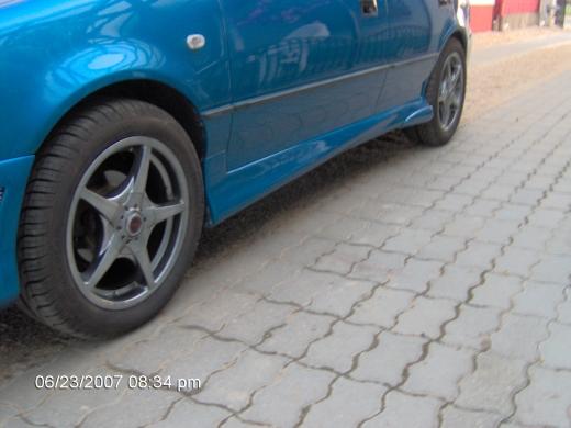 Suzuki Swift küszöbspoiler