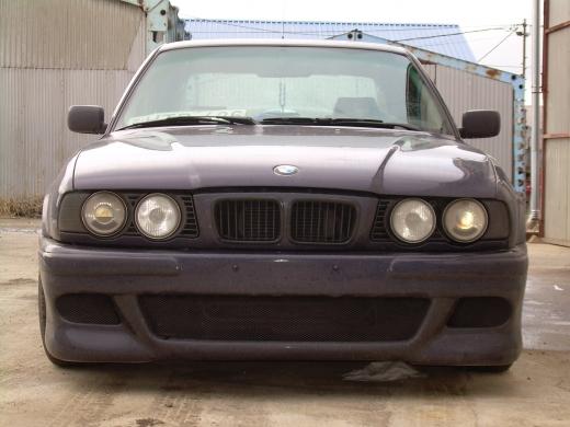 BMW E34 Elsõ lökhárító