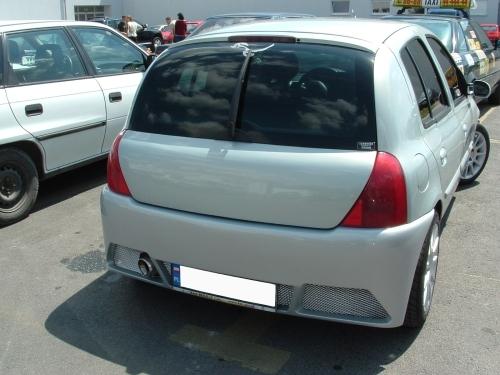 Clio II hátsó lökhárító