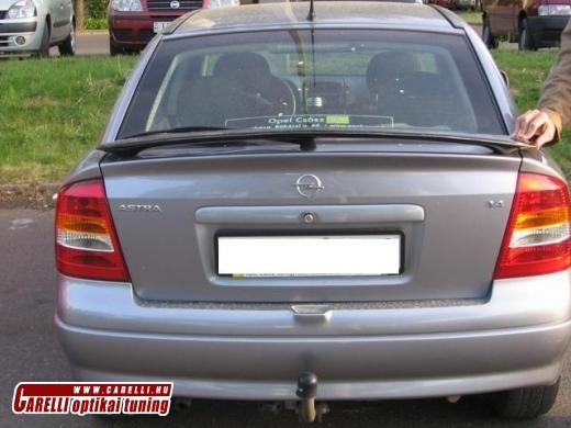 Opel Astra G hátsó szárny