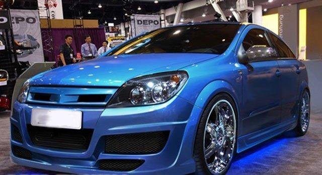 Opel Astra H hûtõrács