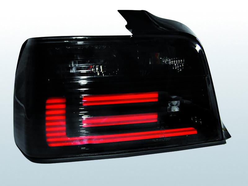 BMW E36 SEDAN FÜSTÖS BAR LED-es Hátsó lámpa