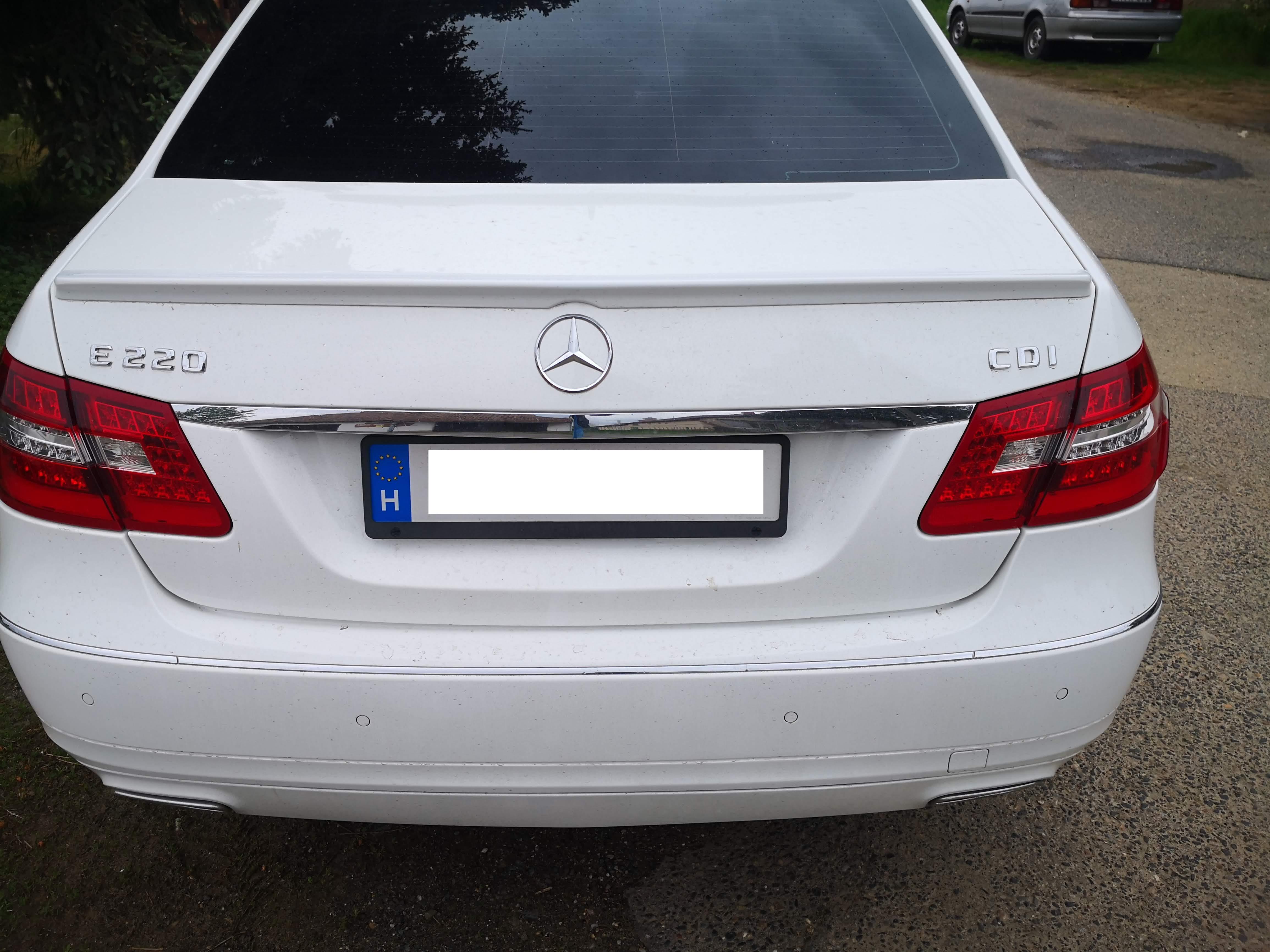 Mercedes W212 szárny